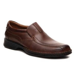 Clarks - Escalade brown leather slip-on shoes